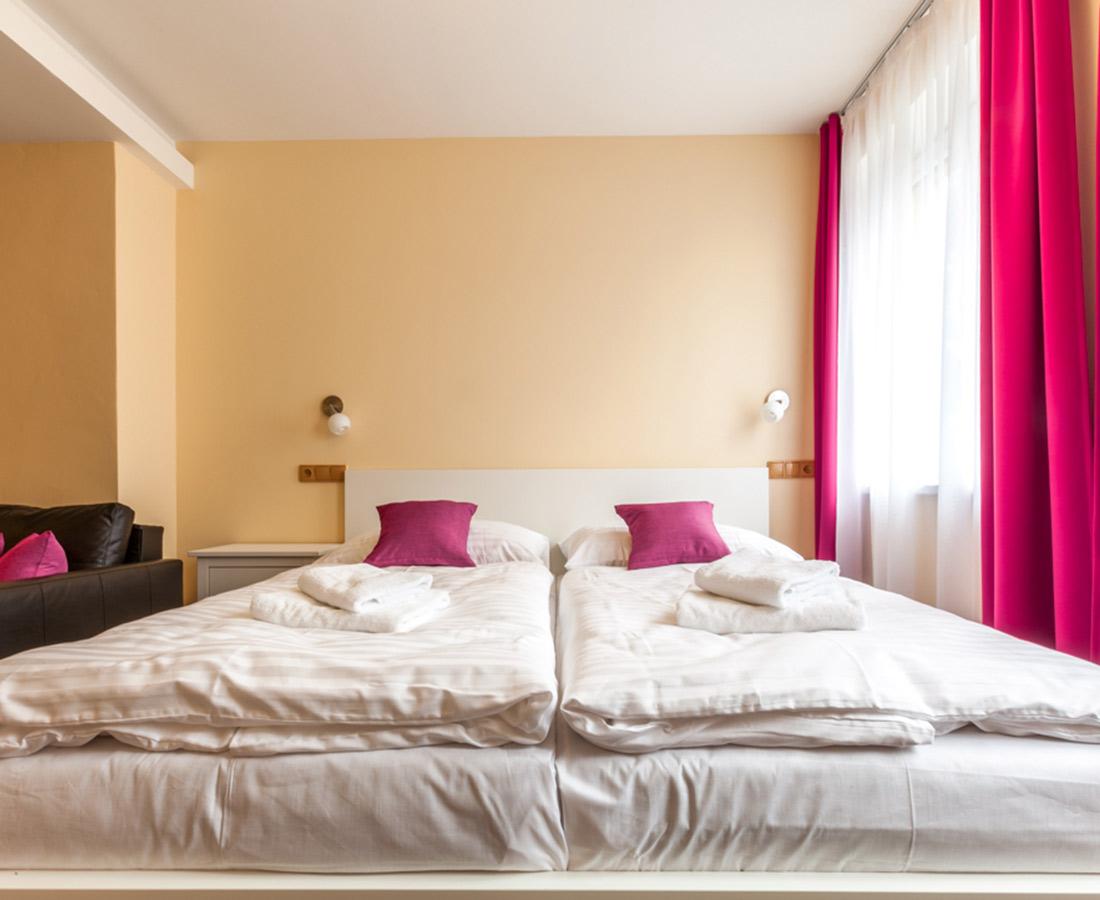 Dvoulůžkový apartmán s vanou